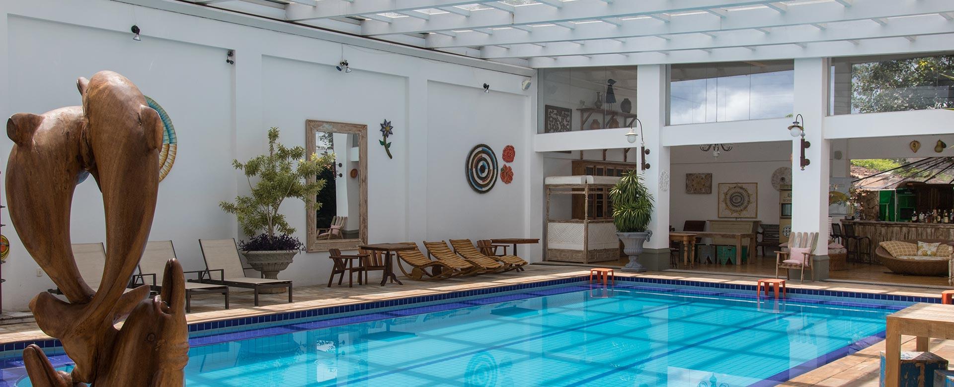 piscina-aquecida-coberta