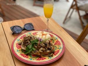 Uluru Café Brunch – BH